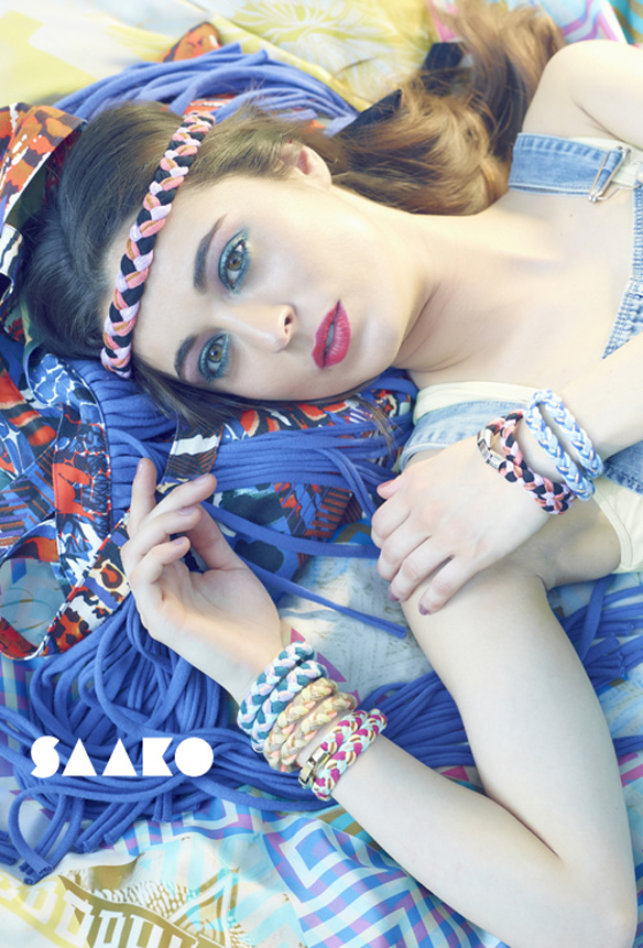 15colgadasdeunapercha_con_cabeza_y_a_lo_loco_tocados_coronas_diademas_canotiers_pamelas_turbantes_sombreros_headdresses_saako_1