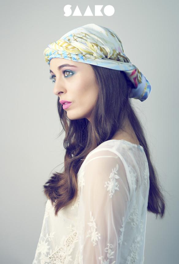 15colgadasdeunapercha_con_cabeza_y_a_lo_loco_tocados_coronas_diademas_canotiers_pamelas_turbantes_sombreros_headdresses_saako_3