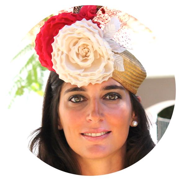 15colgadasdeunapercha_con_cabeza_y_a_lo_loco_tocados_coronas_diademas_canotiers_pamelas_turbantes_sombreros_headdresses_tousette_1
