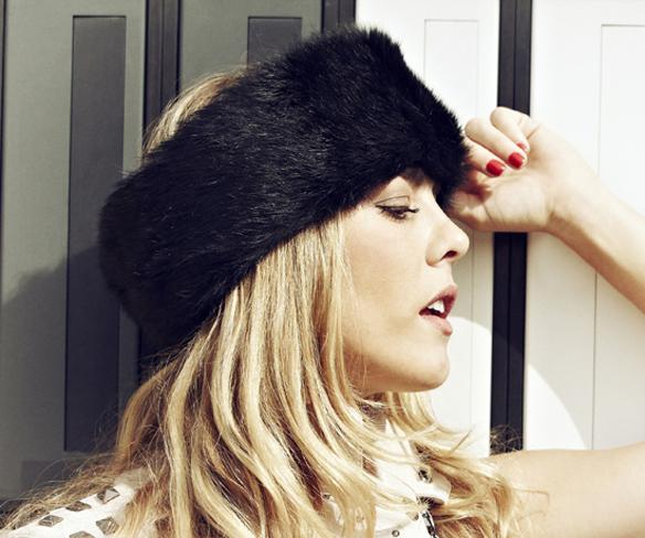 15colgadasdeunapercha_con_cabeza_y_a_lo_loco_tocados_coronas_diademas_canotiers_pamelas_turbantes_sombreros_headdresses_zhivago_turbans_3