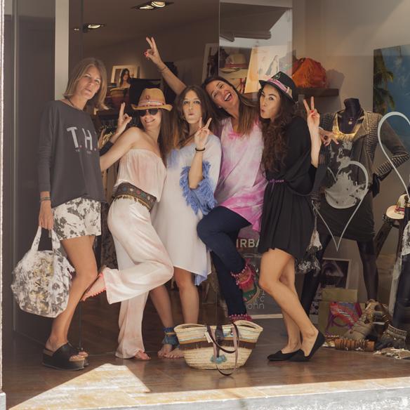 15colgadasdeunapercha_crank_sitges_moda_fashion_lendinez_de_mil_amores_the_hip_tee_pampaflower_turtlebay_georgina carreras_a_duo_barcelona_1