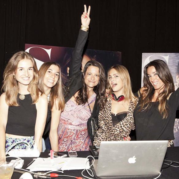 15colgadasdeunapercha_fashion_and_bloggers_date_by_s_moda_madrid_2014_ana_crank_ale_corsini_laura_pol_dj_claudia_albons_15