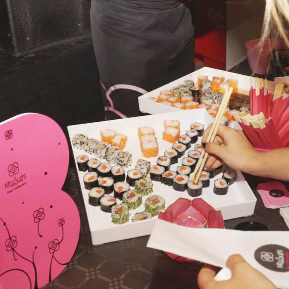 15colgadasdeunapercha_fashion_and_bloggers_date_by_s_moda_madrid_2014_ana_crank_ale_corsini_laura_pol_miss_sushi_13