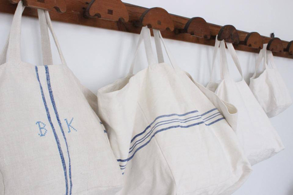 15colgadasdeunapercha_closet_musts_must_have_ana_&_cuca_bolsos_lino_linen_bags_antiqbr_5