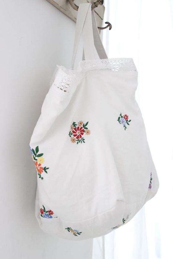 15colgadasdeunapercha_closet_musts_must_have_ana_&_cuca_bolsos_lino_linen_bags_antiqbr_6