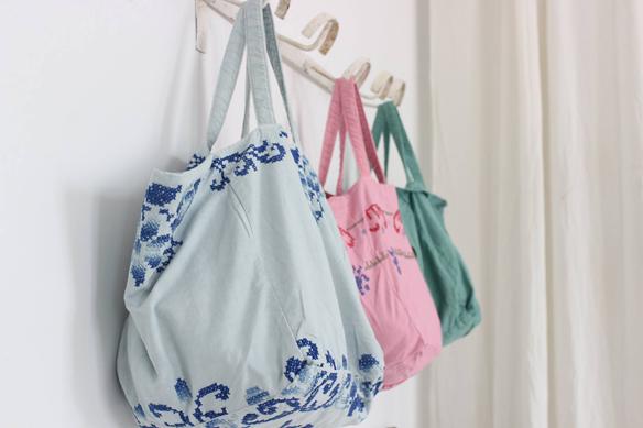 15colgadasdeunapercha_closet_musts_must_have_ana_&_cuca_bolsos_lino_linen_bags_antiqbr_9