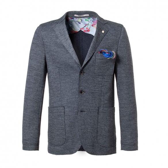 15colgadasdeunapercha_el_closet_de_un_hombre_a_men's_closet_menswear_moda_masculina_moda_para_hombre_men_fashion_man_hombres_atpco_1