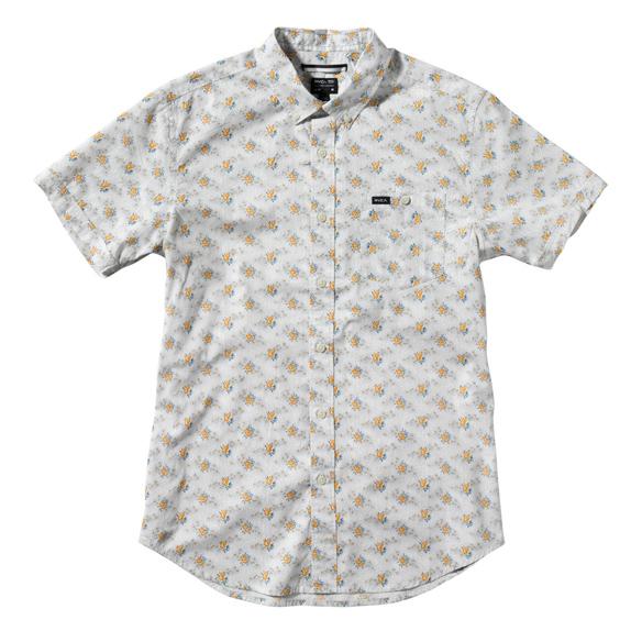 15colgadasdeunapercha_el_closet_de_un_hombre_a_men's_closet_menswear_moda_masculina_moda_para_hombre_men_fashion_man_hombres_rvca_2