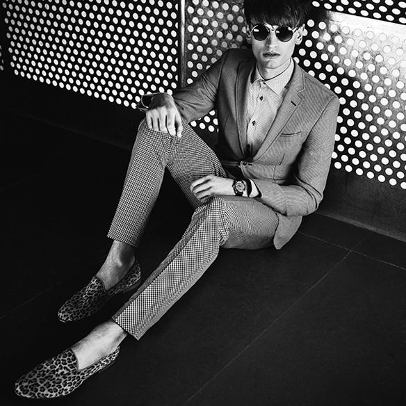 15colgadasdeunapercha_el_closet_de_un_hombre_a_men's_closet_menswear_moda_masculina_moda_para_hombre_men_fashion_man_hombres_sand_copenhagen_3