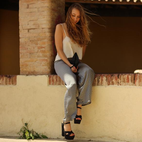 15colgadasdeunapercha_pantalones_anchos_comodos_frescos_elegantes_estampados_cool_pants_print_elegant_fresh_brandy_melville_julia_ros_1