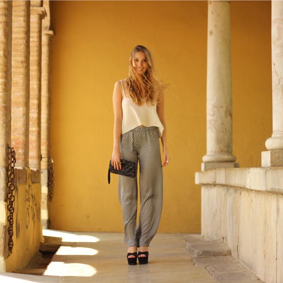 15colgadasdeunapercha_pantalones_anchos_comodos_frescos_elegantes_estampados_cool_pants_print_elegant_fresh_brandy_melville_julia_ros_2