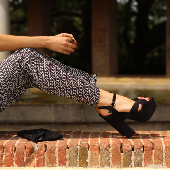 15colgadasdeunapercha_pantalones_anchos_comodos_frescos_elegantes_estampados_cool_pants_print_elegant_fresh_brandy_melville_julia_ros_9
