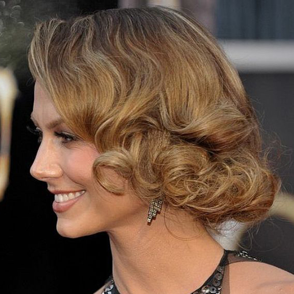 15colgadasdeunapercha_summer_verano_hairstyles_peinados_recogidos_upsweeps_trenza_braid_falso_bob_false_bob_coleta_pulida_ponytail_5