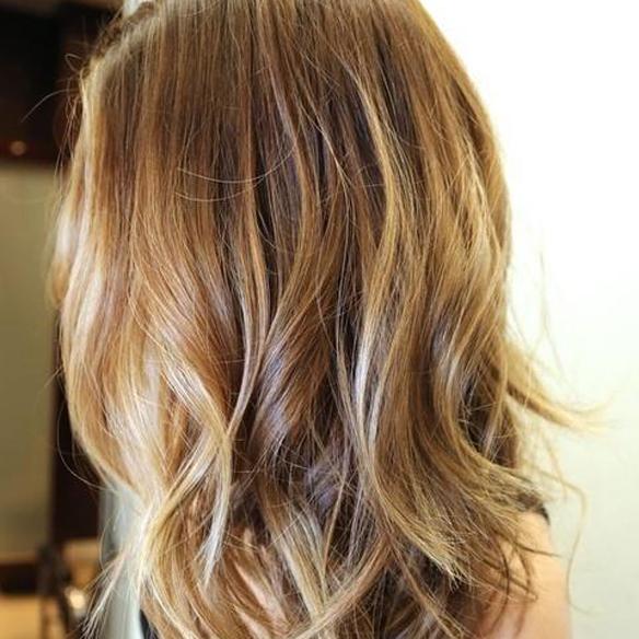 15colgadasdeunapercha_summer_verano_hairstyles_peinados_reflejos_dorados_del_sol_gold_sun_hair_3