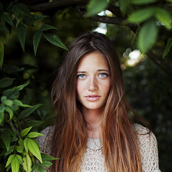 15colgadasdeunapercha_summer_verano_hairstyles_peinados_reflejos_dorados_del_sol_gold_sun_hair_5
