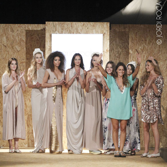 15colgadasdeunapercha_cbfw_costa_brava_fashion_weekend_maria_roch_ssic_and_paul_or_else_cantamananas_rita_row_moda_bloggers_carla_kissler_18