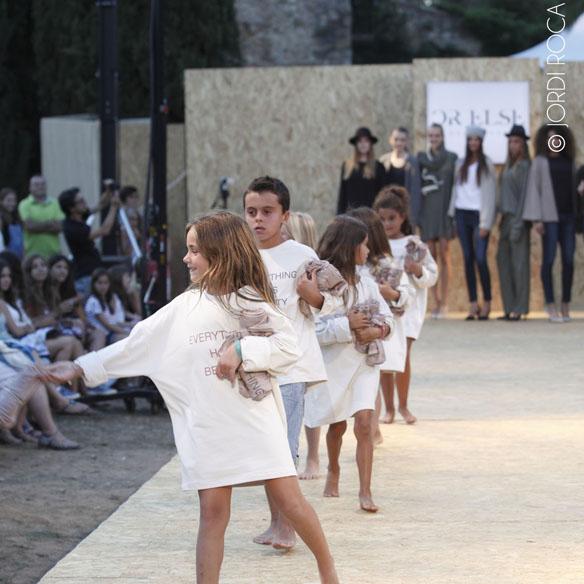 15colgadasdeunapercha_cbfw_costa_brava_fashion_weekend_maria_roch_ssic_and_paul_or_else_cantamananas_rita_row_moda_bloggers_carla_kissler_38
