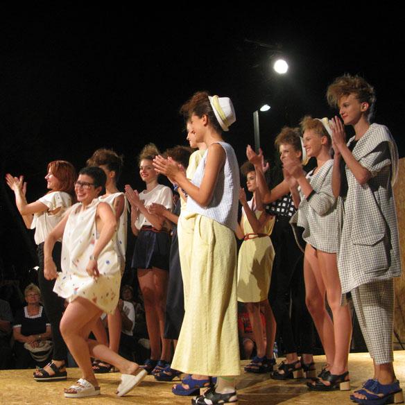 15colgadasdeunapercha_cbfw_costa_brava_fashion_weekend_maria_roch_ssic_and_paul_or_else_cantamananas_rita_row_moda_bloggers_carla_kissler_62