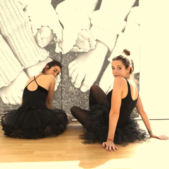 15colgadasdeunapercha_deporte_sport_ballet_maillot_tutu_esther_bosch_danza_blanca_arias_anna_duarte_1