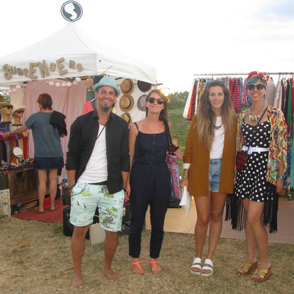 15colgadasdeunapercha_white_summer_market_2014_pals_costa_brava_the_suspenders_1