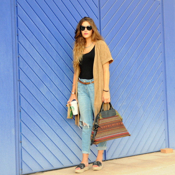 15colgadasdeunapercha_boyfriends_kimono_flecos_tassels_camel_ethnic_print_anna_duarte_10