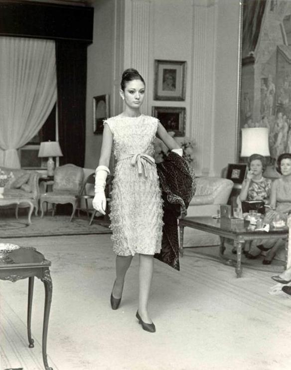 15colgadasdeunapercha_pertegaz_diseñador_español_moda_española_spanish_fashion_designer_10