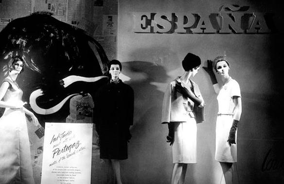 15colgadasdeunapercha_pertegaz_diseñador_español_moda_española_spanish_fashion_designer_15