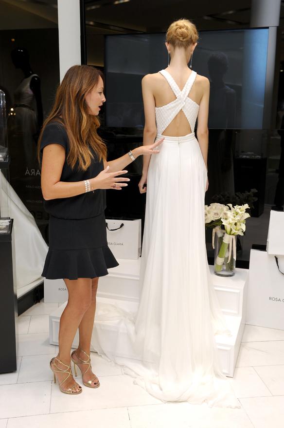15colgadasdeunapercha_rosa_clara_2015_ana_antic_vestidos_de_novia_bodas_wedding_gowns_dresses_brides_moda_nupcial_12