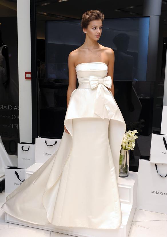 15colgadasdeunapercha_rosa_clara_2015_ana_antic_vestidos_de_novia_bodas_wedding_gowns_dresses_brides_moda_nupcial_14