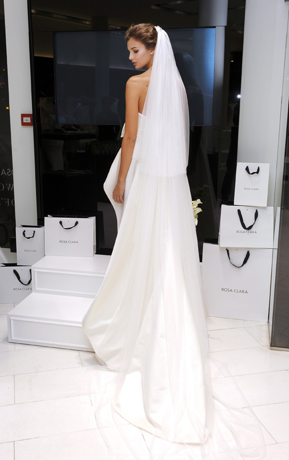 15colgadasdeunapercha_rosa_clara_2015_ana_antic_vestidos_de_novia_bodas_wedding_gowns_dresses_brides_moda_nupcial_15