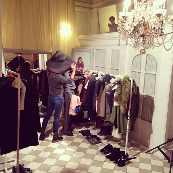 15colgadasdeunapercha_gema_sach_studio_fw_14_15_otoño_invierno_new_collection_fashion_moda_desfile_barcelona_gabriela_comella_alicia_alvarez_gina_carreras_carla_kissler_11