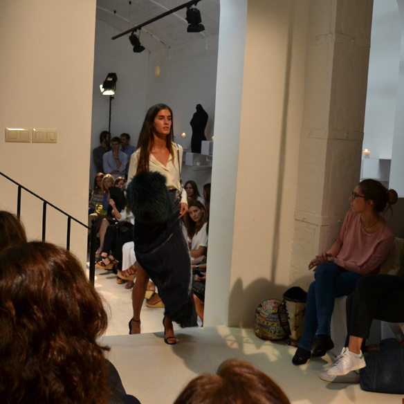 15colgadasdeunapercha_gema_sach_studio_fw_14_15_otoño_invierno_new_collection_fashion_moda_desfile_barcelona_gabriela_comella_alicia_alvarez_gina_carreras_carla_kissler_22