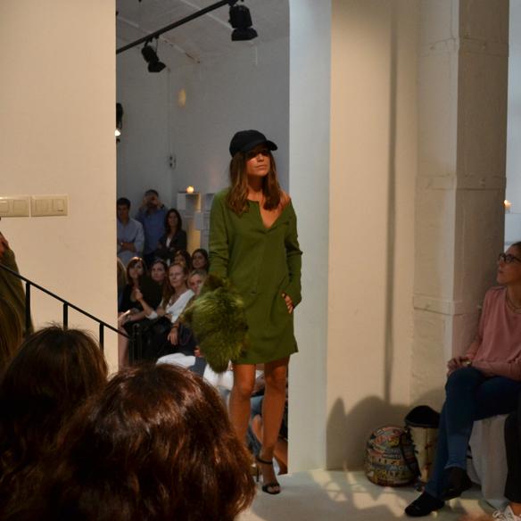15colgadasdeunapercha_gema_sach_studio_fw_14_15_otoño_invierno_new_collection_fashion_moda_desfile_barcelona_gabriela_comella_alicia_alvarez_gina_carreras_carla_kissler_25