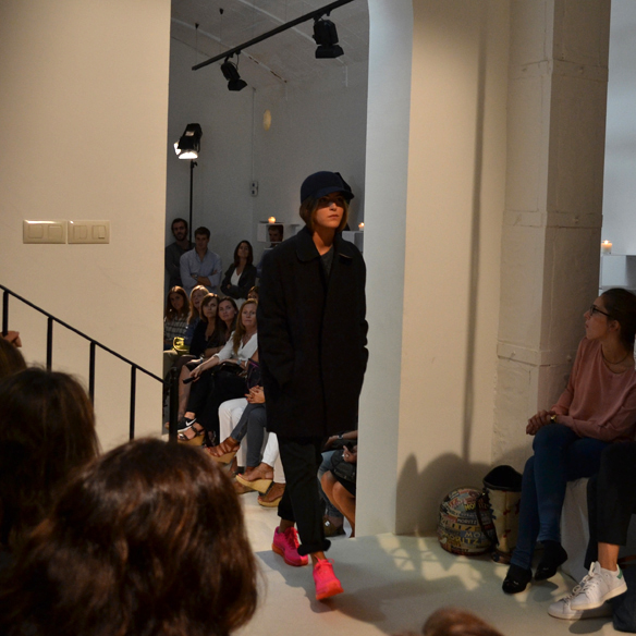 15colgadasdeunapercha_gema_sach_studio_fw_14_15_otoño_invierno_new_collection_fashion_moda_desfile_barcelona_gabriela_comella_alicia_alvarez_gina_carreras_carla_kissler_26