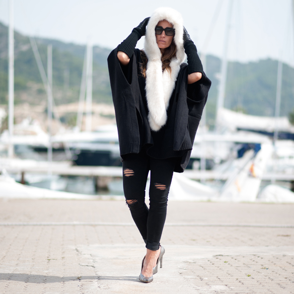 15colgadasdeunapercha_must-have_capucha_pelo_fur_hood_ripped_jeans_bomber_stilettos_poncho_guantes_gloves_ana_crank_1