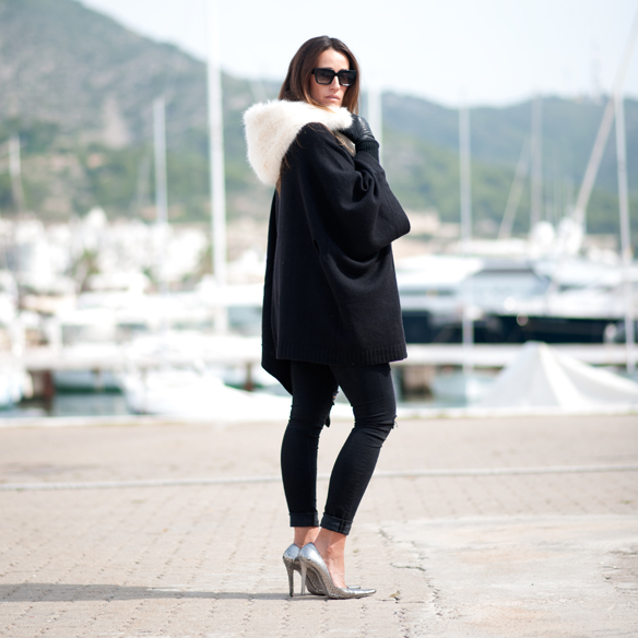 15colgadasdeunapercha_must-have_capucha_pelo_fur_hood_ripped_jeans_bomber_stilettos_poncho_guantes_gloves_ana_crank_6