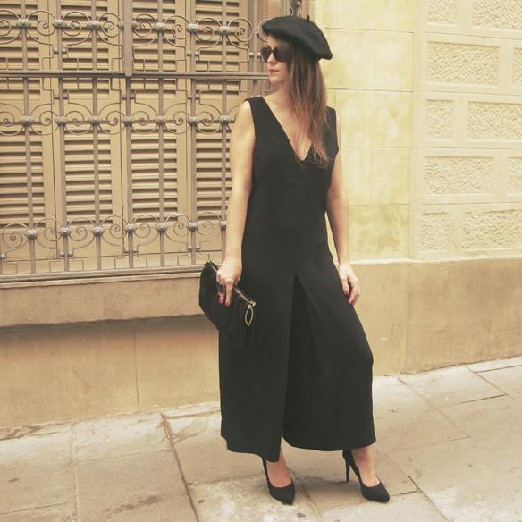 15colgadasdeunapercha_must-have_fw_14_15_oi_14_15_culottes_boina_beret_jumpsuit_mono_b&w_stilettos_carla_kissler_5
