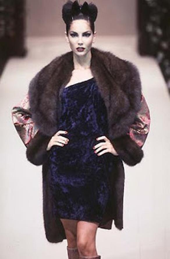 15colgadasdeunapercha_Oscar_de_la_Renta_Diseñador_Moda_Fashion_Designer_Republica_Dominicana_New_York_Alta_Costura_Haute_Couture_34