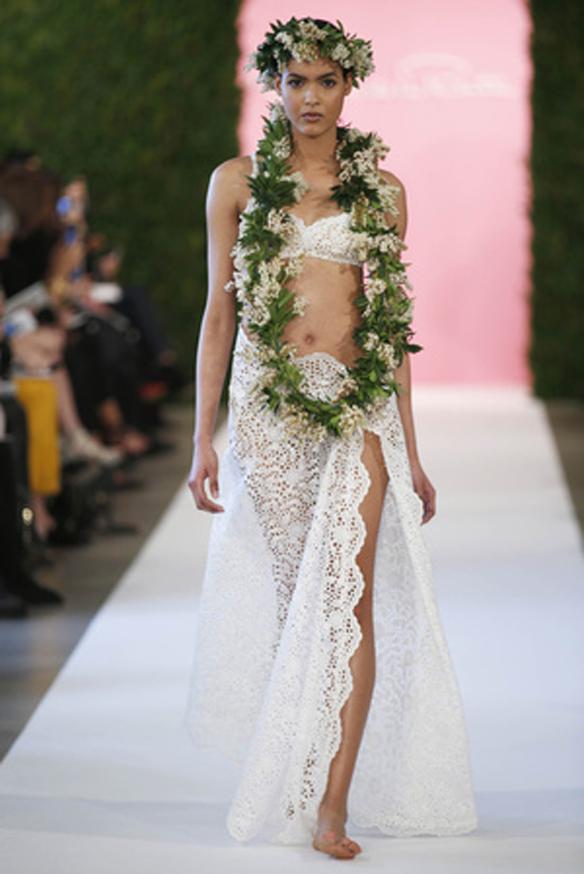 15colgadasdeunapercha_Oscar_de_la_Renta_Diseñador_Moda_Fashion_Designer_Republica_Dominicana_New_York_Alta_Costura_Haute_Couture_6