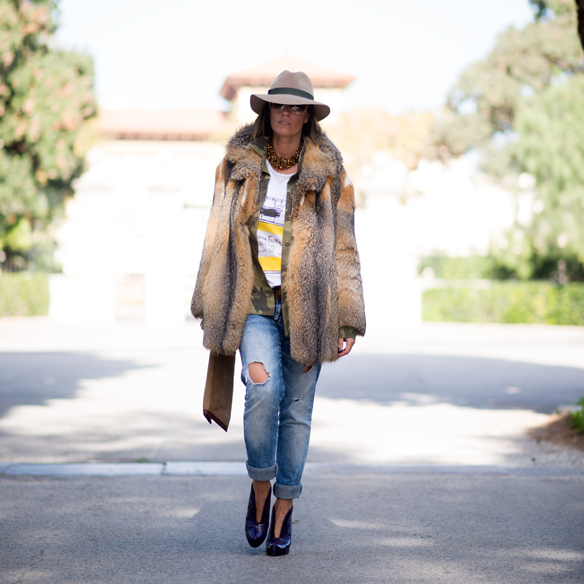 15colgadasdeunapercha_sita_nevado_masquerade_abrigo_pelo_fur_coat_sombrero_hat_boyfriend_jeans_lola_barcelona_ana_crank_3