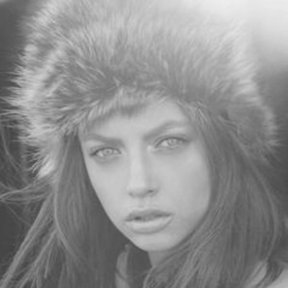 15colgadasdeunapercha_tendencias_pelo_pelos_peinados_hair_hairstyle_hair_cut_trends_FW_14_15_OI_14_15_fall_winter_otoño_invierno_2014_sombreros_hats_gorra_marinero_sailor_cap_sporty_pamela_fedora_boina_beret_zhivago_7