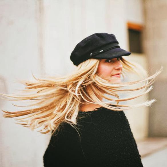 15colgadasdeunapercha_tendencias_pelo_pelos_peinados_hair_hairstyle_hair_cut_trends_FW_14_15_OI_14_15_fall_winter_otoño_invierno_2014_sombreros_hats_gorra_marinero_sailor_cap_sporty_pamela_fedora_boina_beret_zhivago_1