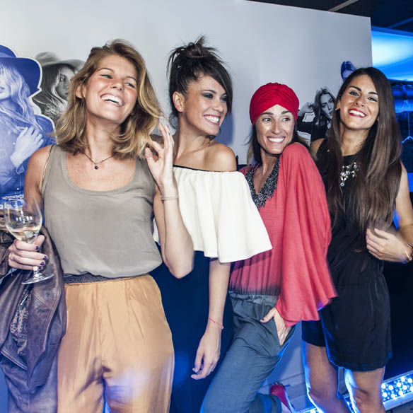 15colgadasdeunapercha_the_event_paper_stradivarius_barcelona_moda_fashion_gina_carreras_ana_crank_1
