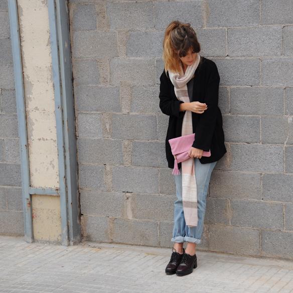 15colgadasdeunapercha_fall_autumn_otoño_colores-pastel_colors_pink_rosa_oxfords_burgundy_mom_jeans_blazer_anna_duarte_1