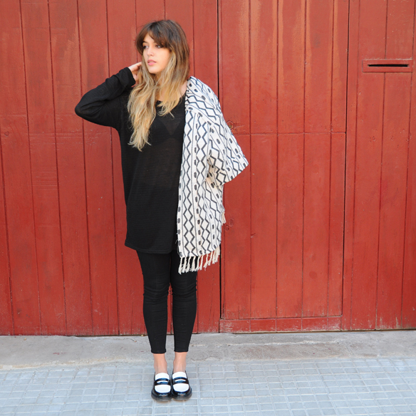 15colgadasdeunapercha_fall_otoño_2014_kimono_b&w_black_and_white_blanco_y_negro_mocasines_loafers_anna_duarte_10