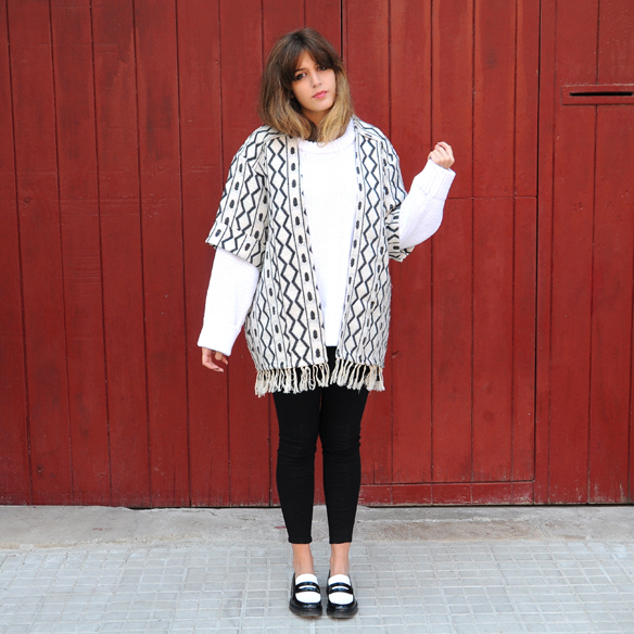 15colgadasdeunapercha_fall_otoño_2014_kimono_b&w_black_and_white_blanco_y_negro_mocasines_loafers_anna_duarte_2