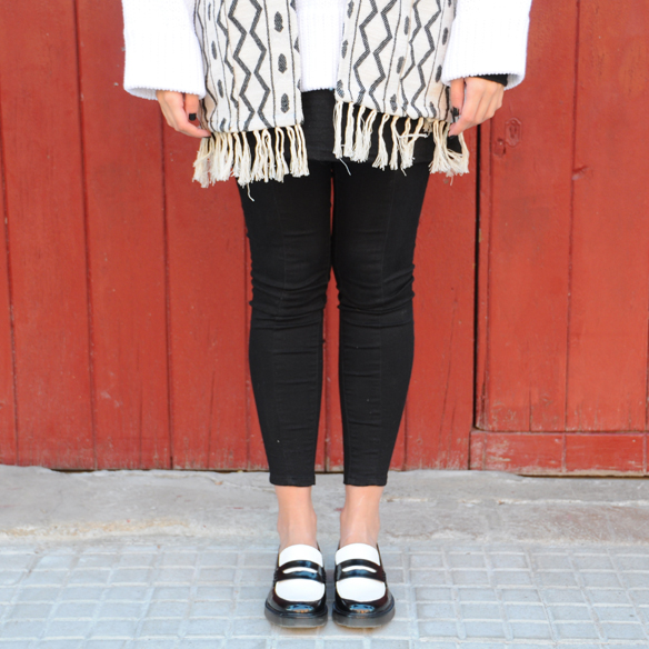 15colgadasdeunapercha_fall_otoño_2014_kimono_b&w_black_and_white_blanco_y_negro_mocasines_loafers_anna_duarte_4