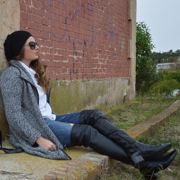 15colgadasdeunapercha_okb_over_the_knee_boots_botas_de_caña_alta_70s_gorro_lana_wool_beret_ripped_jeans_alicia_alvarez_10