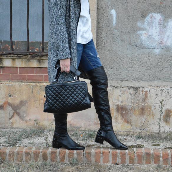 15colgadasdeunapercha_okb_over_the_knee_boots_botas_de_caña_alta_70s_gorro_lana_wool_beret_ripped_jeans_alicia_alvarez_5