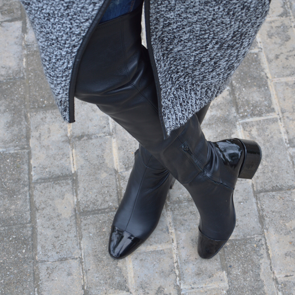 15colgadasdeunapercha_okb_over_the_knee_boots_botas_de_caña_alta_70s_gorro_lana_wool_beret_ripped_jeans_alicia_alvarez_8